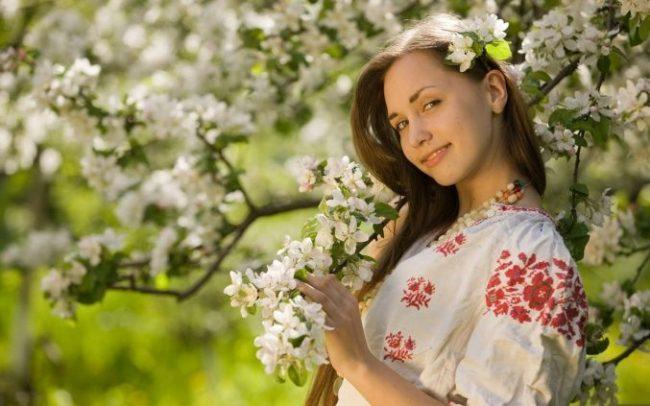 Прикольные картинки про женщин и весну (30 фото)