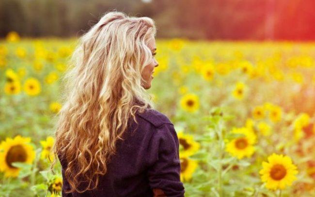 Картинки девушек на аву красивые крутые со спины (50 фото)