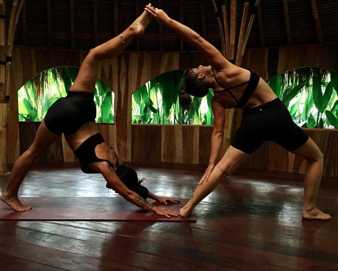 картинки йога на двоих могут поверить