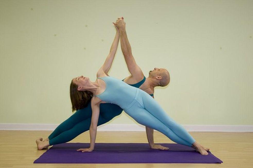 Упражнения на прикосновения к партнерше фото
