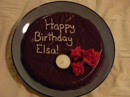 Картинка с днем рождения эльза