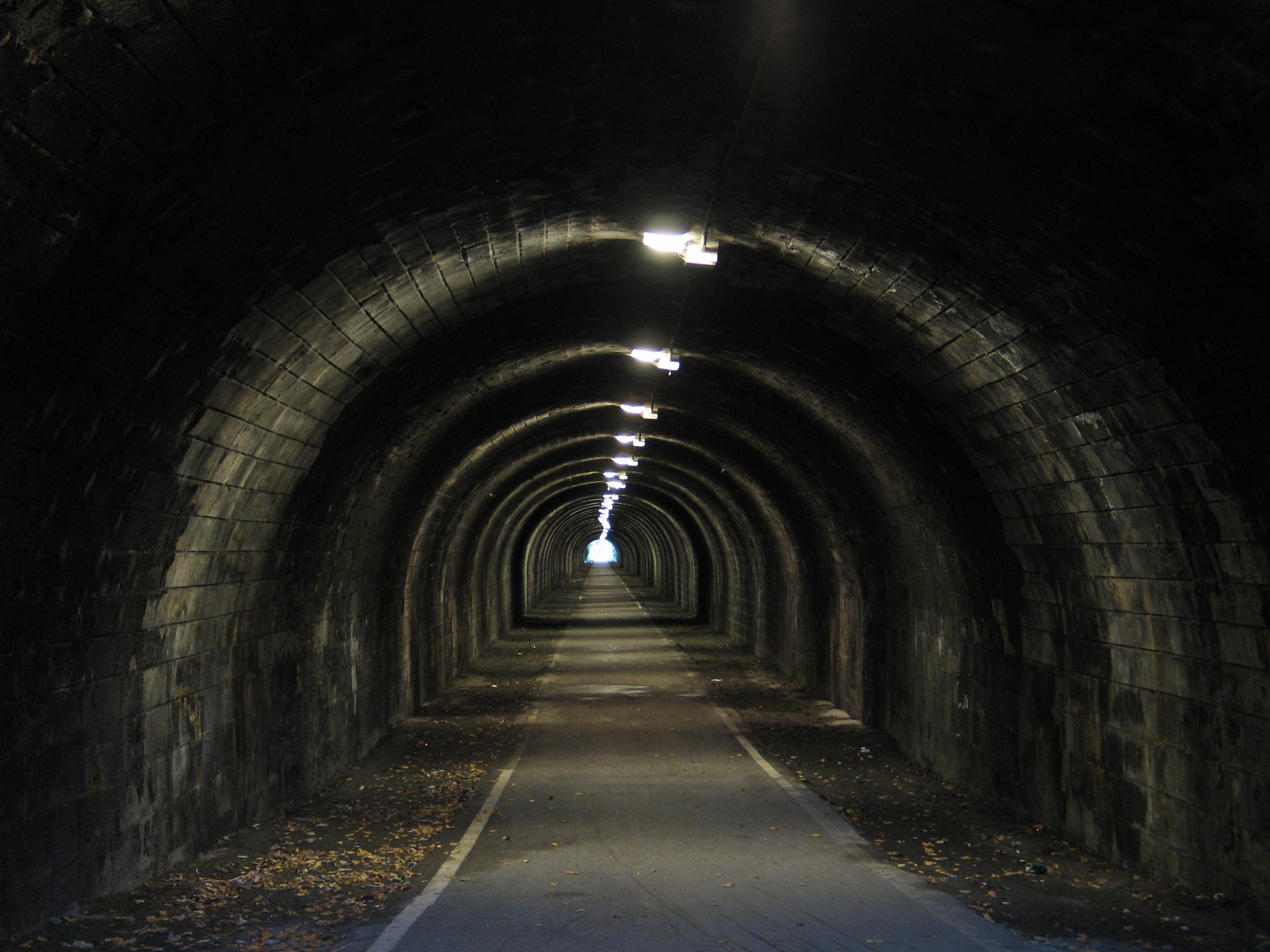 картинки конец тоннеля добавляют