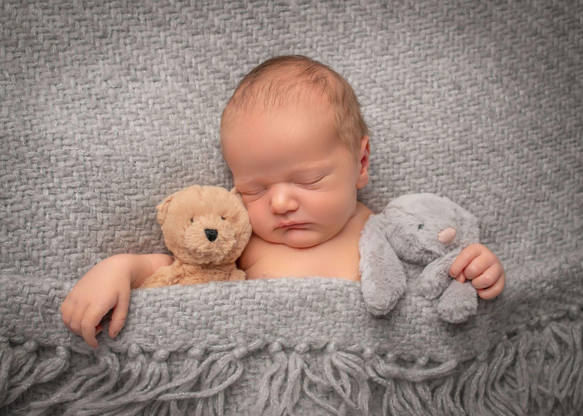 Картинки новорожденные прикол